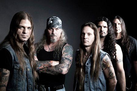 фото группы Iced Earth с вокалистом Стю Блок
